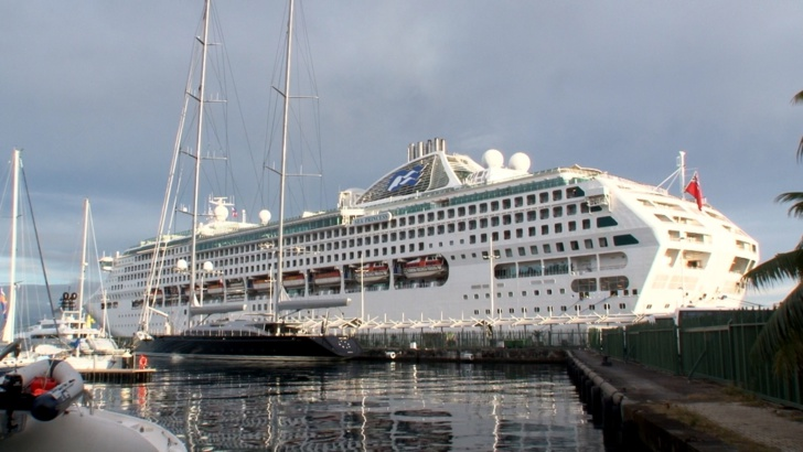 Le Sea Princess est à Papeete