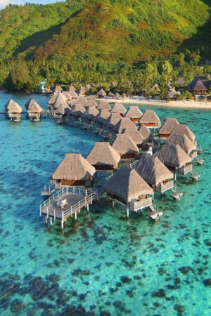 Le Hilton Bora Bora. Source photo : Pinterest