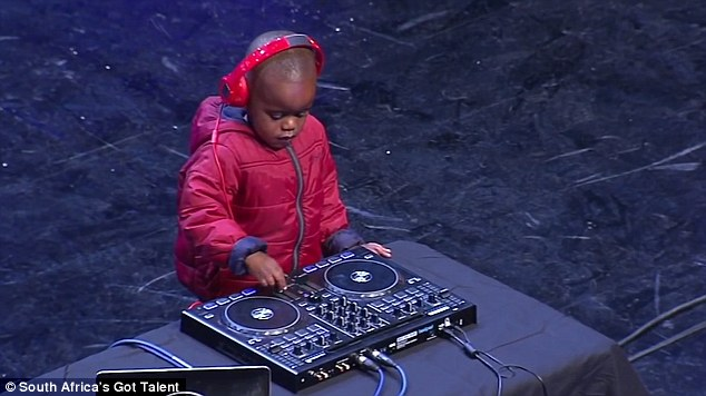 DJ de talent ... à 3 ans !
